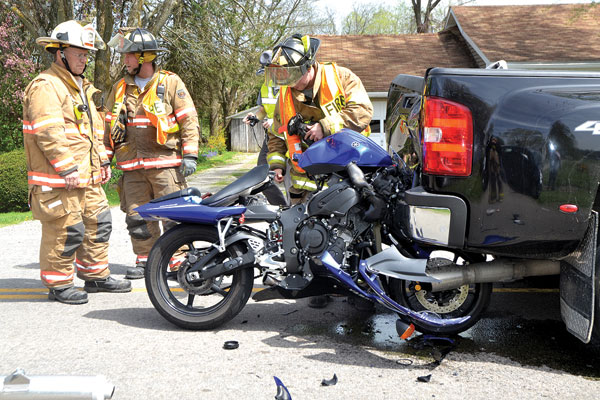 The gallery for --> Graphic Motorcycle Accident